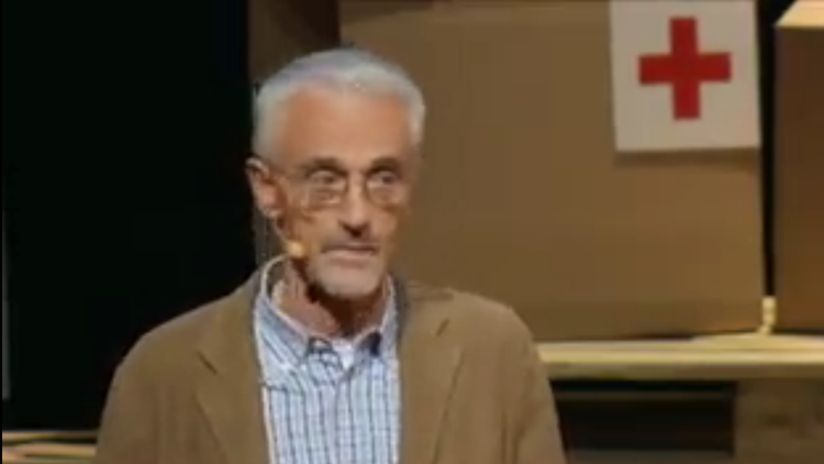 There Are no Scraps of Men – Alberto Cairo at TED (2011)