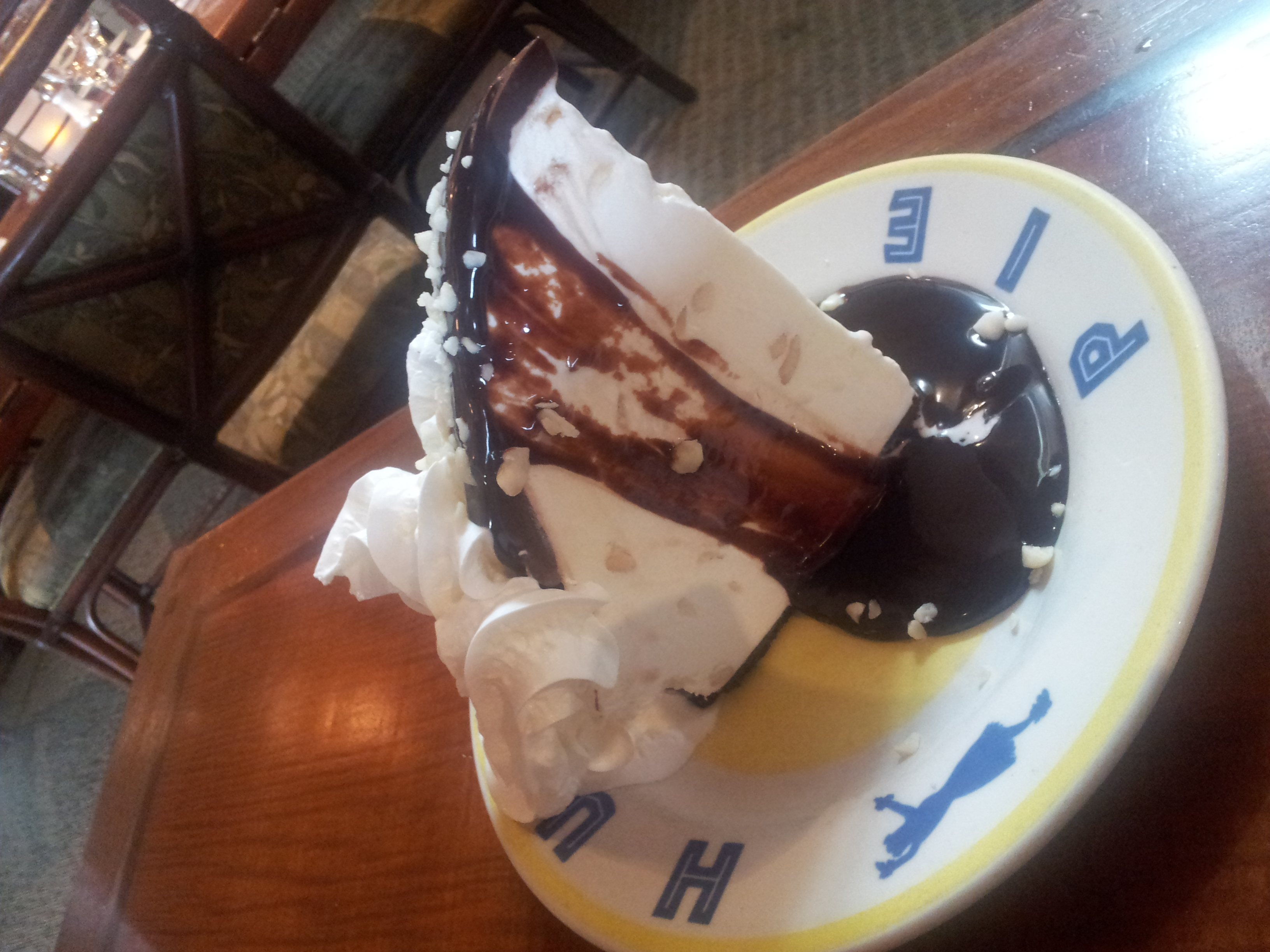 Hula Pie at Jakes Del Mar