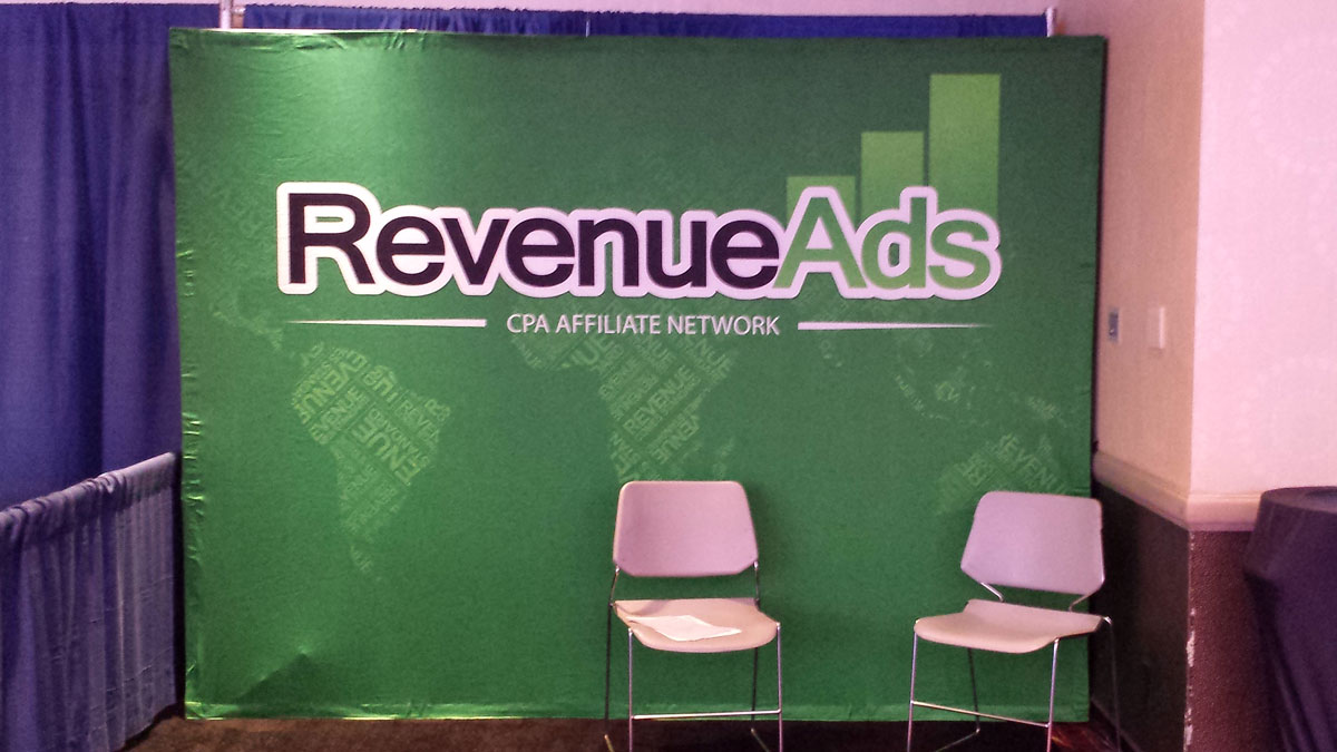 26-2014-08-12-08.34.46-revenue-ads