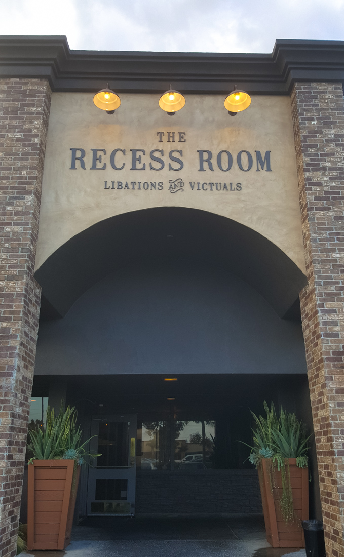 Foodie Review: The Pig's Head at The Recess Room